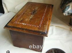 A nice old antique polyphon music / musical box including nine 4 1/2 discs