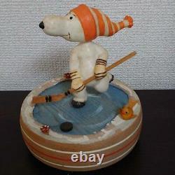 Anri ANRI Snoopy Ice Hockey Wood Carving Music Box 1971 Antique Rare Item