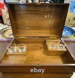 Antique Wooden Liquor Whisky Casket Box withMusic & 4 Shot Glasses, Horse Portrait
