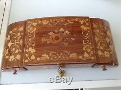 Beautiful Wooden inlay Musical Jewellery box, Gppe Gatgiulo Sorrento Italy