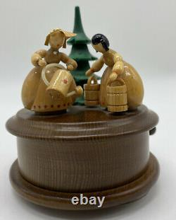 Carousel Music Box Carved Wood REUGE ROMANCE Beethoven Garden Lady Tree