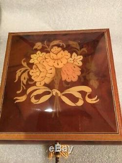 Gorgeous Vintage REUGE Swiss Inlaid Wood Working Musical Box Bouquet Of Roses