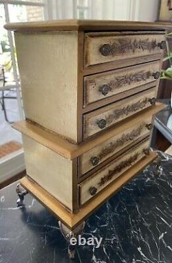 Large Beautiful Vintage Italian Florentine Jewelry/music Box Chest Lined Drawers