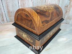 Reuge Wood Treasure Chest 4.5 Disc Music Box Inlay 9 Discs Paperwork