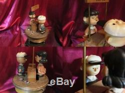 Snoopy Lucy Peanut Doctor is In Italy ANR I wood carving music box Vintage