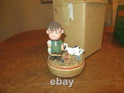 Vintage ANRI Linus Vampert Snoopy PEANUTS Music Box 1968 Wood Carving