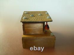 Vintage Reuge Swiss Yodel Wood Chalet Dancing Ballerina Music Box (watch Video)