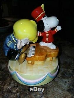 Vintage Schroeder & Snoopy Music Box Ceramic Schmid UFS #1848/15000 Emperor