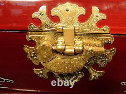 Vntge MUSICAL DK Red Lacquer Oriental Jewelry Chest Box MOTHER OF PEARL/ ABALONE