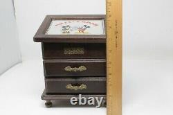 Walt Disney Mickey and Minnie Wood Jewelry Music box